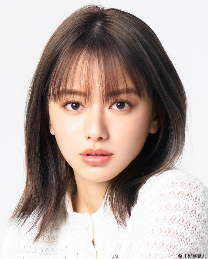 の女優、山本舞香はかわいい ...